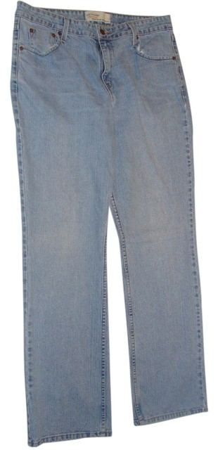 Preload https://item5.tradesy.com/images/levi-s-signature-boot-cut-jeans-washlook-1381064-0-0.jpg?width=400&height=650