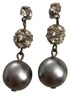 Costume Gray Pearl and Crystal dangle earrings.