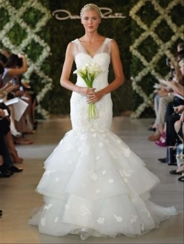 Oscar de la renta 44n44 wedding dress tradesy weddings for Where to buy oscar de la renta wedding dress