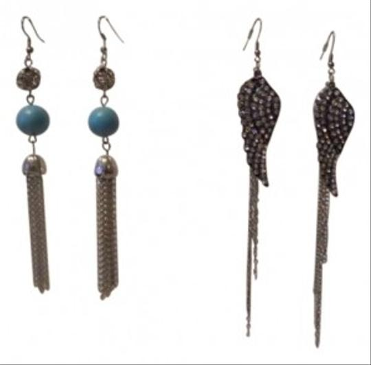 Other 2 pairs long earrings