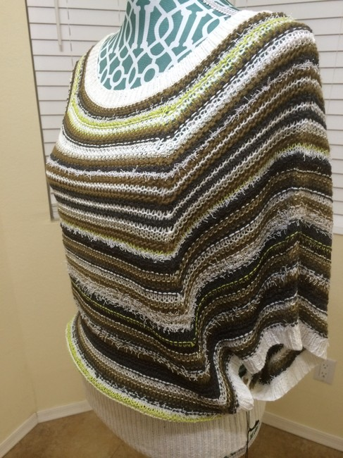 BCBGMAXAZRIA Max Azria Knit Cape Poncho White Grey Striped Multi Color Boho Bohemian Indie Hippie Urban Chic Elegant Pretty Modern Sweater