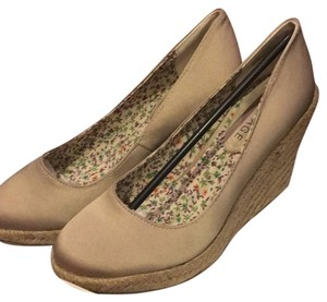 Rampage Natural Wedges