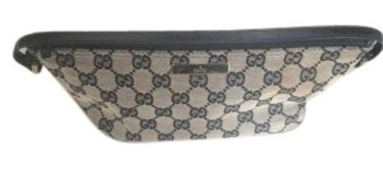 Preload https://item2.tradesy.com/images/gucci-small-blackgray-canvas-baguette-138271-0-0.jpg?width=440&height=440