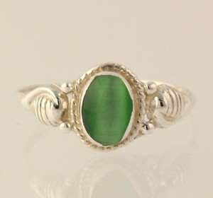 Simulated Cats Eye Chrysoberyl Ring - Sterling Silver Green Oval Solitaire 6.75