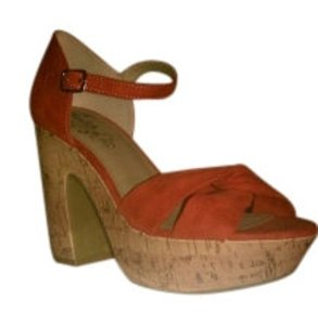 Mudd Rusty Orange Wedges