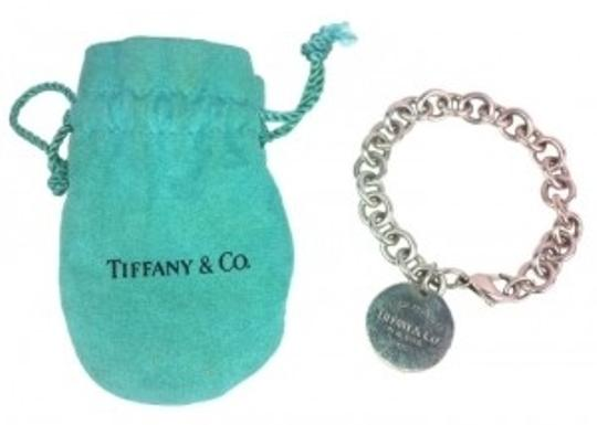 Preload https://item4.tradesy.com/images/tiffany-and-co-sterling-silver-return-to-round-tag-charm-bracelet-138363-0-0.jpg?width=440&height=440