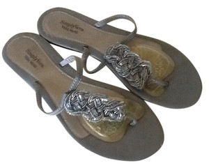 Simply Vera Vera Wang Grey/Silver Sandals