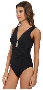 Badgley Mischka womens size 8 Badgley Mischka victoria one piece swimsuit