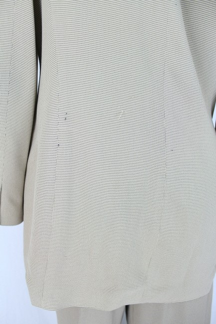 episode Ladies Suit Womens Episode Beige Pantsuit Jacket US Size 8 Pants size 6