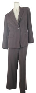 Kasper Kasper Brown Petite 2-Piece Pin Striped Pant-Suit Size 14P