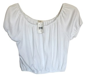 Brandy Melville Off Shoulder Peasant Cropped Top White