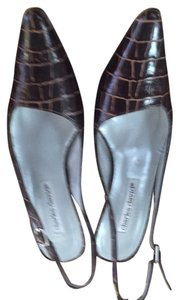 Charles David Brown crock look Pumps