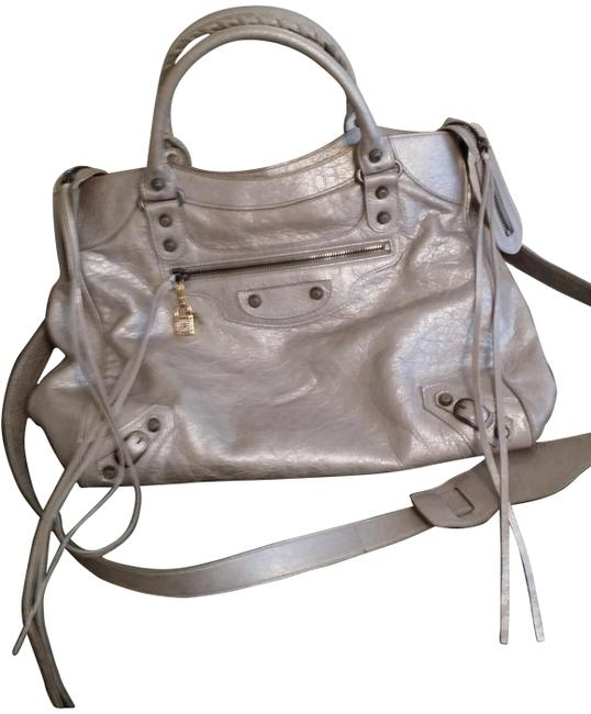 Item - Velo Argent Silver Metallic Leather Messenger Bag