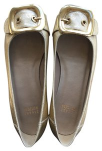 Stuart Weitzman Leather Patent Leather Patent Gold Flats