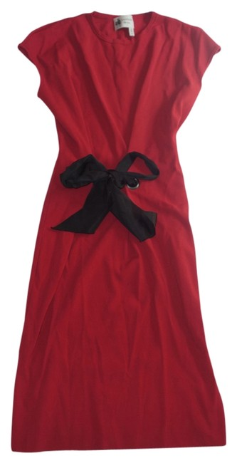 Preload https://item3.tradesy.com/images/lanvin-red-2015-bow-detail-pencil-insanely-pretty-xs-knee-length-cocktail-dress-size-2-xs-13844137-0-1.jpg?width=400&height=650