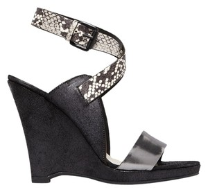Elie Tahari Weston Sandals Black Wedges