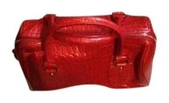 Preload https://img-static.tradesy.com/item/13846/banana-republic-in-in-red-satchel-0-0-540-540.jpg