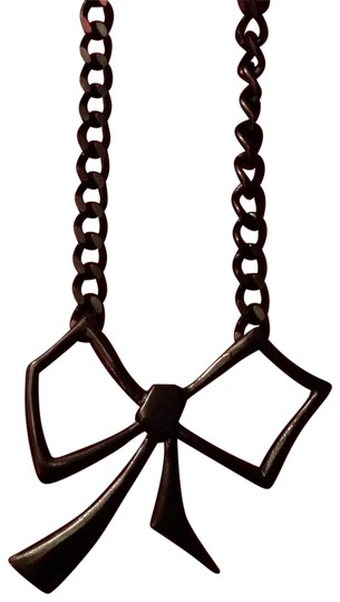 Preload https://item1.tradesy.com/images/macy-s-black-bow-necklace-138460-0-0.jpg?width=440&height=440