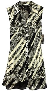 ALFANI Tunic Length Sleeveless Button Down Front Top New Black & White