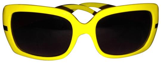 Preload https://item1.tradesy.com/images/forever-21-yellow-sunnies-sunglasses-138510-0-0.jpg?width=440&height=440