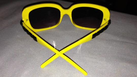 Forever 21 yellow sunnies