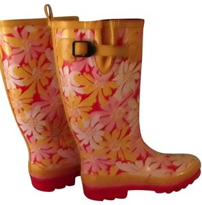Nine West yellow Boots