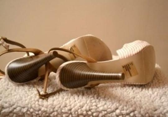 Madden Girl White & Tan Stripe Sandals