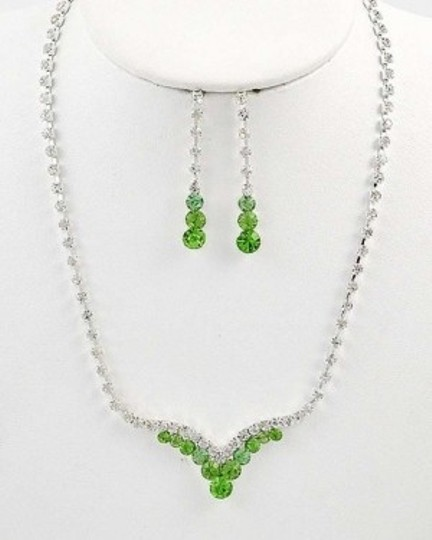 Preload https://item4.tradesy.com/images/lime-green-new-rhinestone-necklace-earring-jewelry-set-138588-0-0.jpg?width=440&height=440