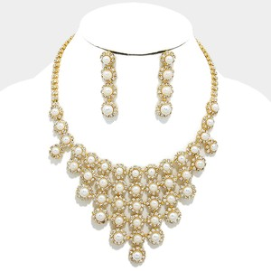Rhinestone Crystal Rosette Clustered Pearl Necklace And Earrings