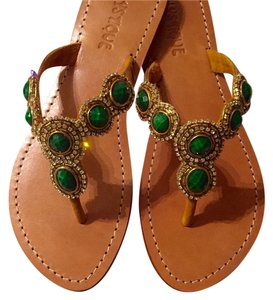 Mystique Boutique Gold/green Sandals