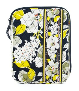 Vera Bradley Vera Bradley Tablet Sleeve in Dogwood