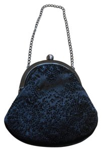 Ann Taylor LOFT Evening Sequin Wristlet in Black