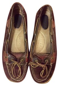 Sperry Patent Suede Boat Flats