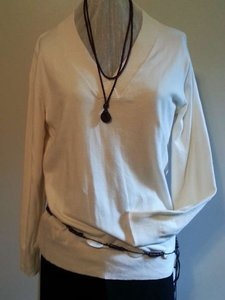 Gap Long Sleeve V Neck Light Weight Sweater
