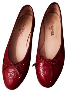 Chanel Cap Toe Ballerines Red Flats