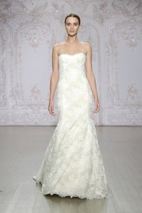 Monique Lhuillier Sia Wedding Dress