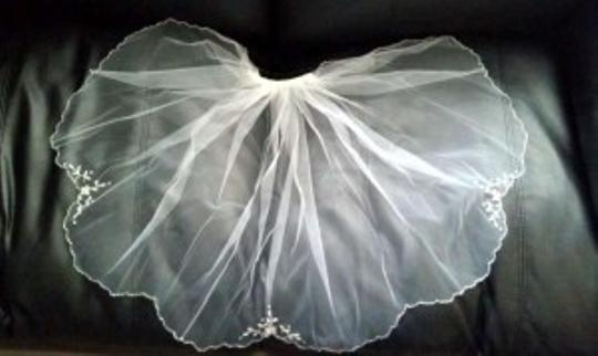 White Short --- Bridal Veil