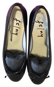 French Sole Classic Cap Toe Patent Leather Black Flats