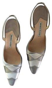 Manolo Blahnik Light and dark grey Pumps
