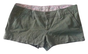American Eagle Outfitters Classic Comfortable Mini/Short Shorts Olive Green