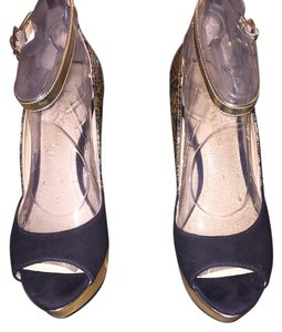 Enzo Angiolini Gold/Black Pumps