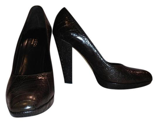 Gucci Ostrich Claw Ostrich Exotic Skin Leather Platform Luxury Chocolate Brown Pumps