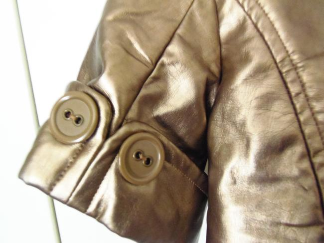 Max Rave Trench Cropped Back Lots Of Detail Very Trendy Gold Leather Jacket