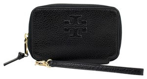Tory Burch 22149064 887712830596 Wristlet in Black