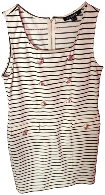 Preload https://item5.tradesy.com/images/forever-21-blue-and-white-stripes-short-casual-dress-size-12-l-138999-0-0.jpg?width=400&height=650
