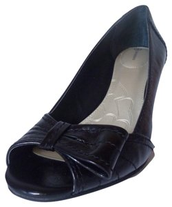 Giani Bernini Pump Leather Black Wedges