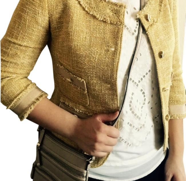 Item - Gold/Yellow Sparkle Tweed Jacket Skirt Suit Size 2 (XS)