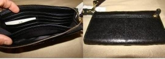 Coach Ashley Leather Zippy Wallet