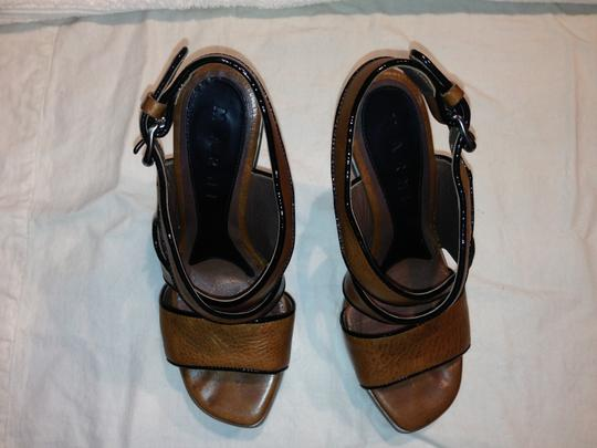Marni Patent Leather Lucite Acrylic Platform Chunky Steel Hardware Blonde Wood tan Wedges
