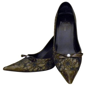 Linea Paolo Lace Patent Leather brown Pumps